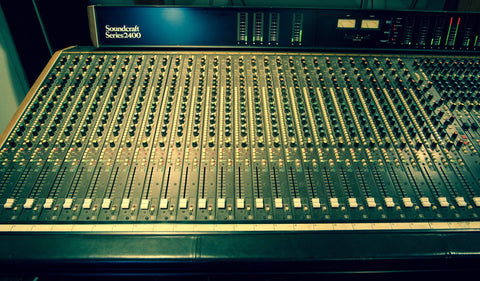 Soundcraft 2400 Mixer