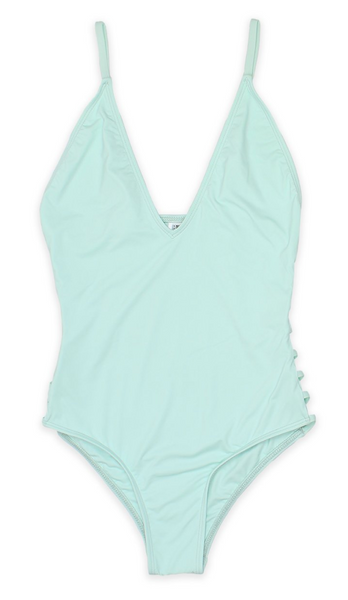 """MINT TO BE"" One Piece"