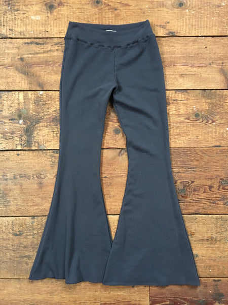 tencel bell bottom yoga pants in black sea