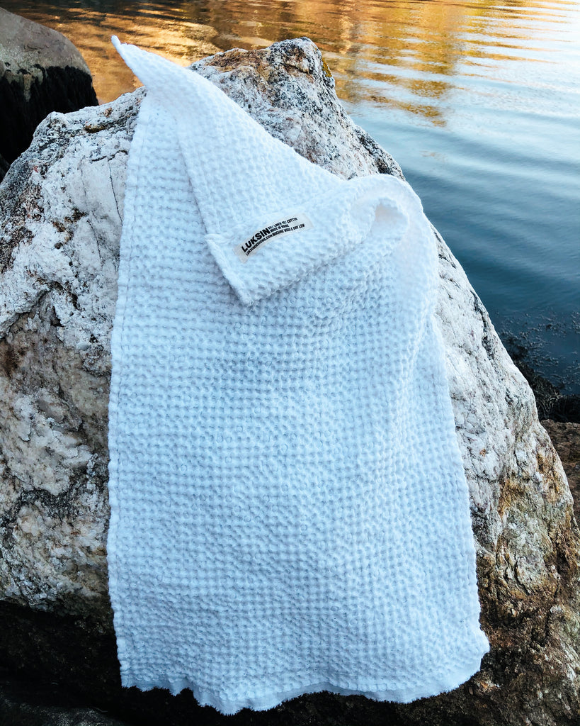 chunky linen/cotton hand towel in salt