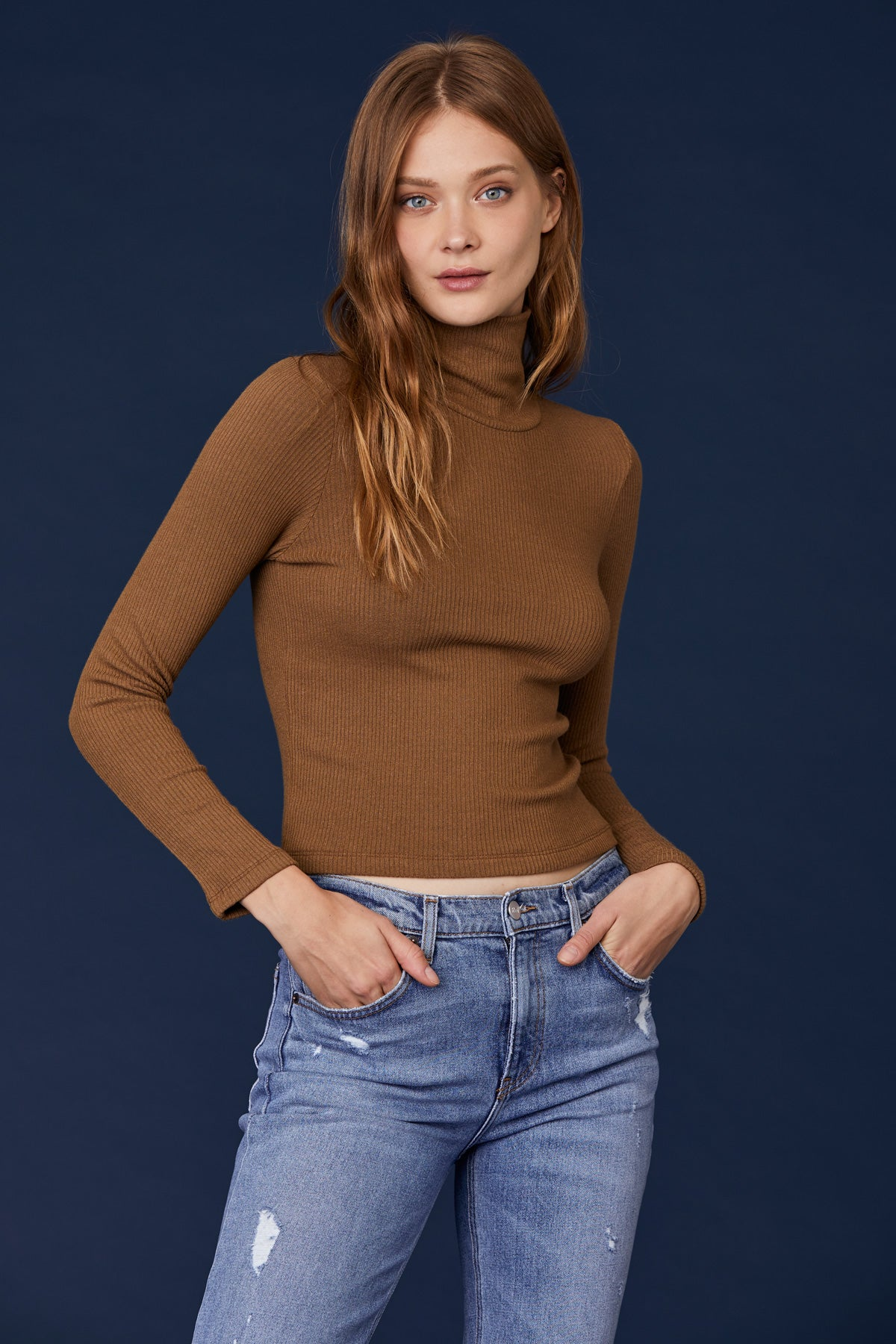 Ash Crop Turtleneck - Heather Camel