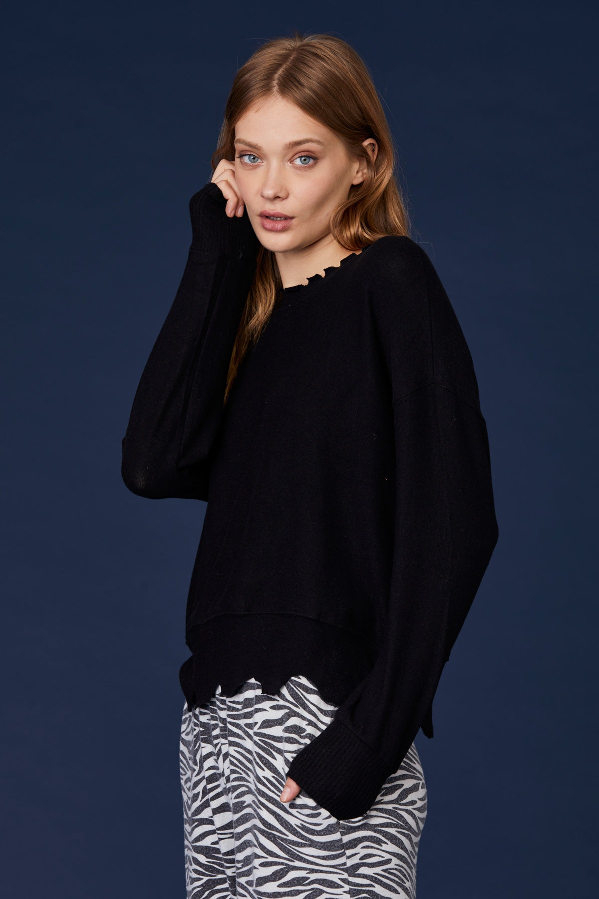 LNA Brushed Duncan Pullover Sweater in Black