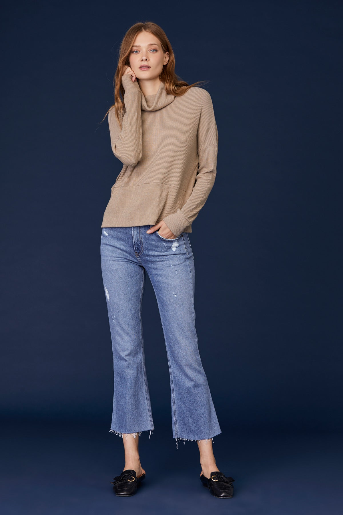 LNA Boxy Slub Sweater Turtleneck in Heather Taupe