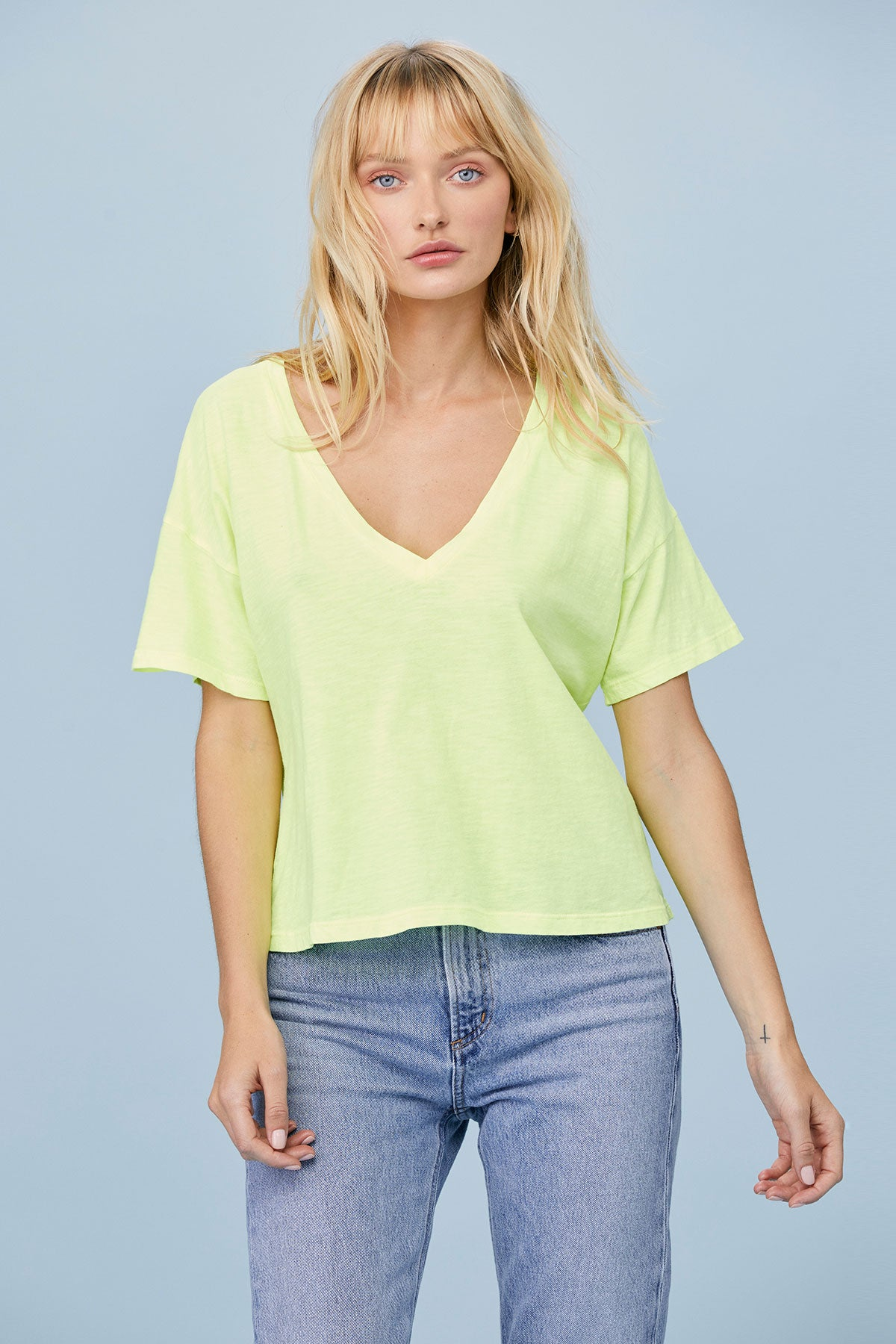 LNA Clothing Boxy V Neck Tee in Neon Yellow