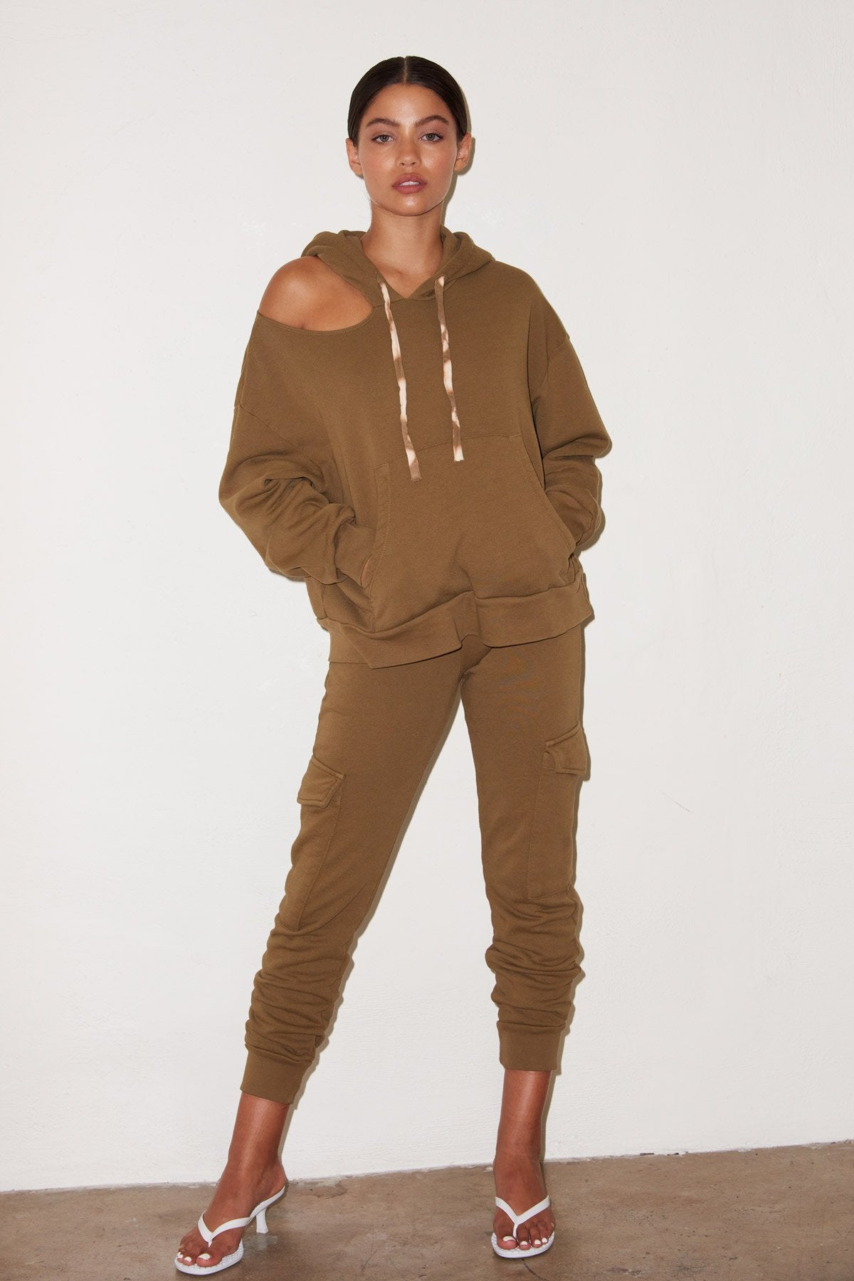 LNA Pepper Sweatpant with cargo pockets