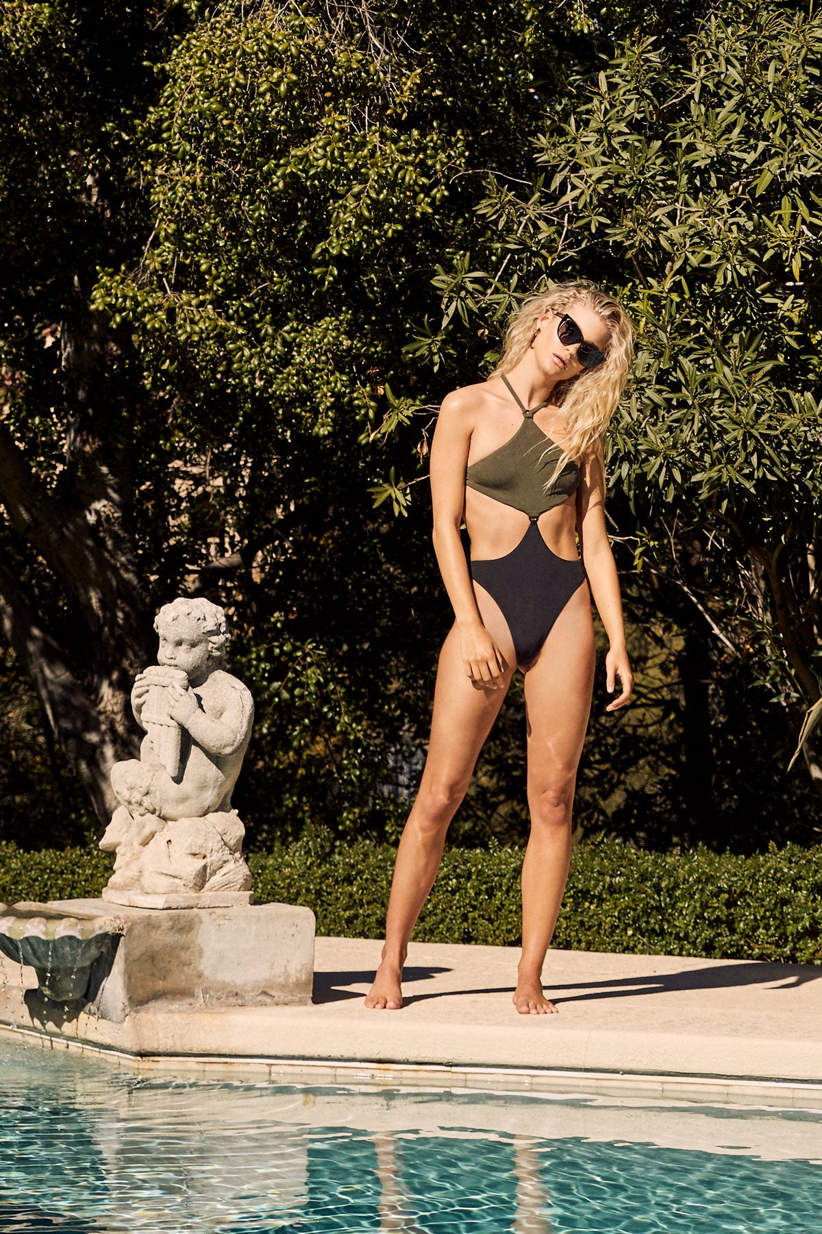 LNA Mexique Halter One Piece in Olive and Black