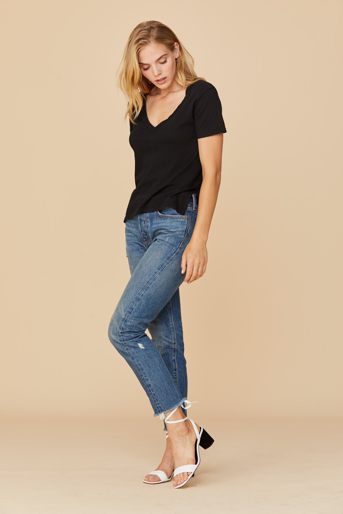 LNA Reese V Neck Tee in Black Cotton