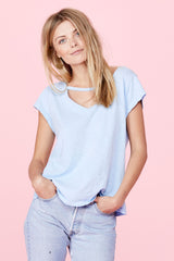 V Maya Tee - Vintage Light Blue Potassium