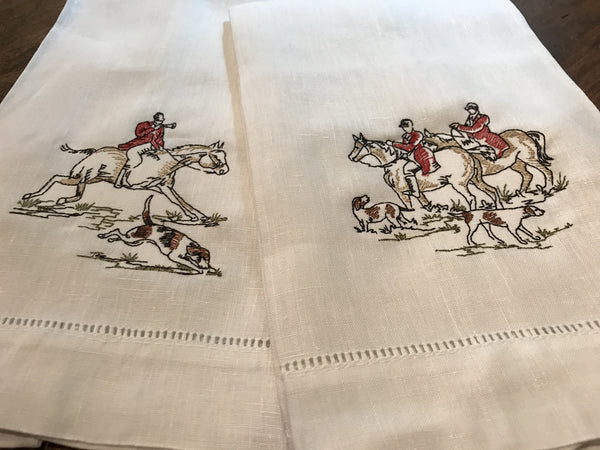 Fox Hunt Scene Guest Towels