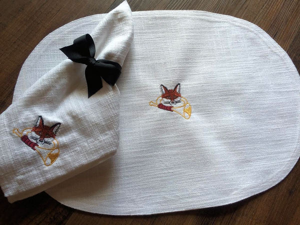 Fox & Horn Table Linens
