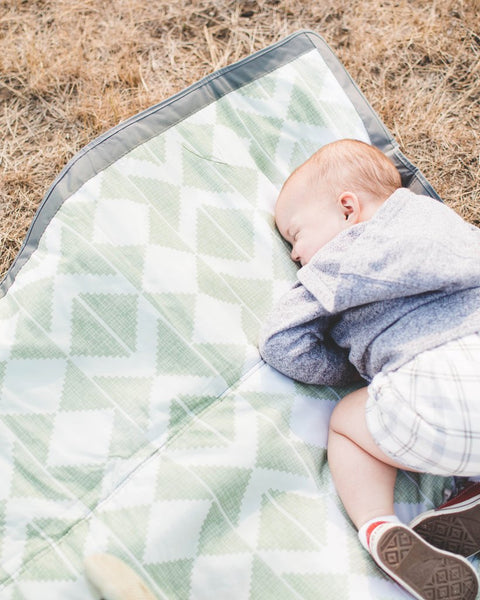 Little Unicorn- Outdoor Blanket