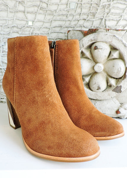 Metric Suede Boot