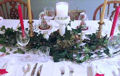 Table set with Xmas decorations