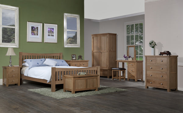 Dorset Oak Bedroom