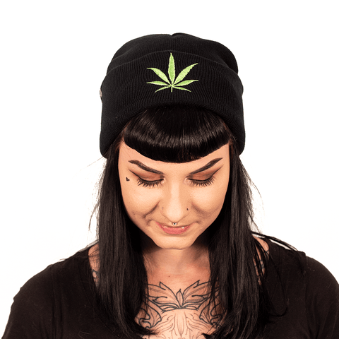 OFF YA TREE | GREEN LEAF BEANIE - Off Ya Tree