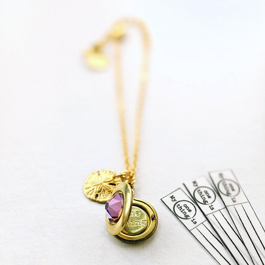 """ALOHA AINA"" MINIMALIST LOCKET BRACELET - Non tarnish coating - One Thing Lockets 