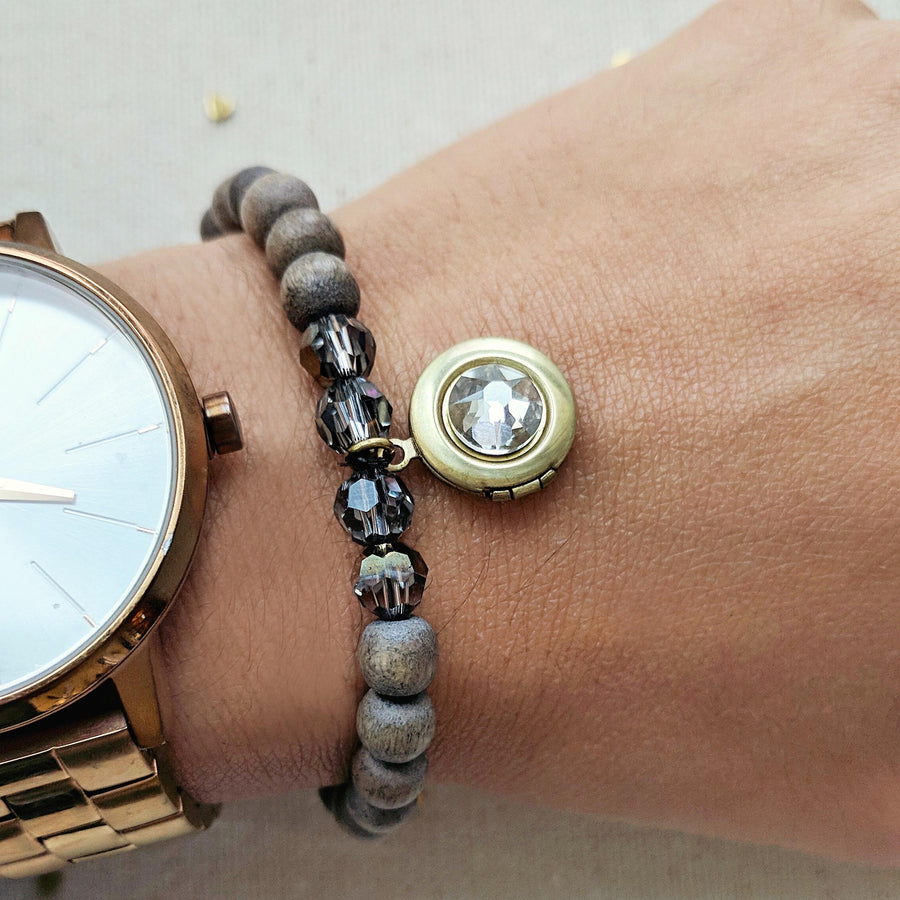 """ASH"" WOOD BEAD LOCKET BRACELET - One Thing Lockets 