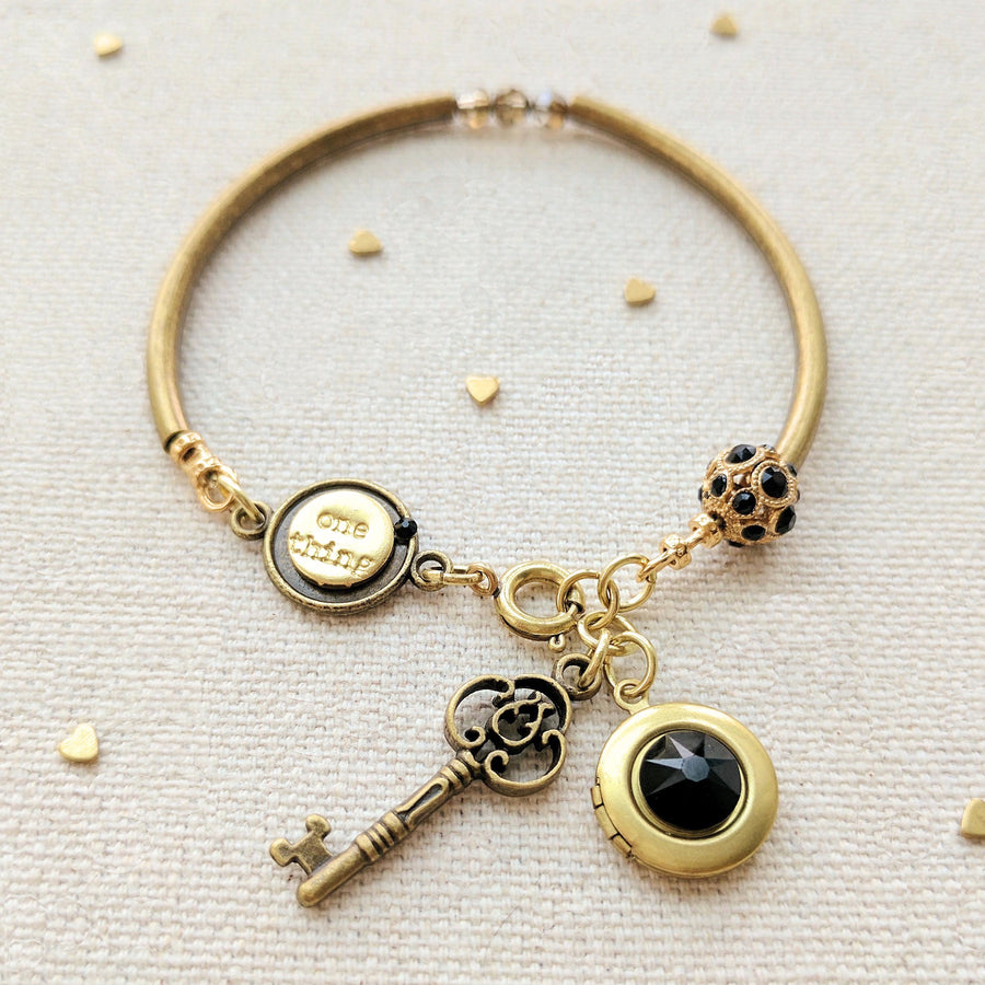 """LOLA"" LOCKET & KEY CHARM BANGLE - One Thing Lockets 