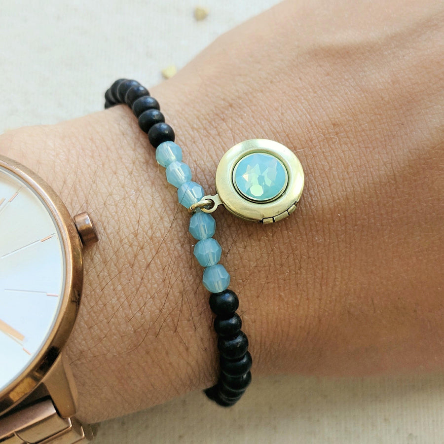 """BLUE SKY"" EBONY WOOD BEAD LOCKET BRACELET - One Thing Lockets 