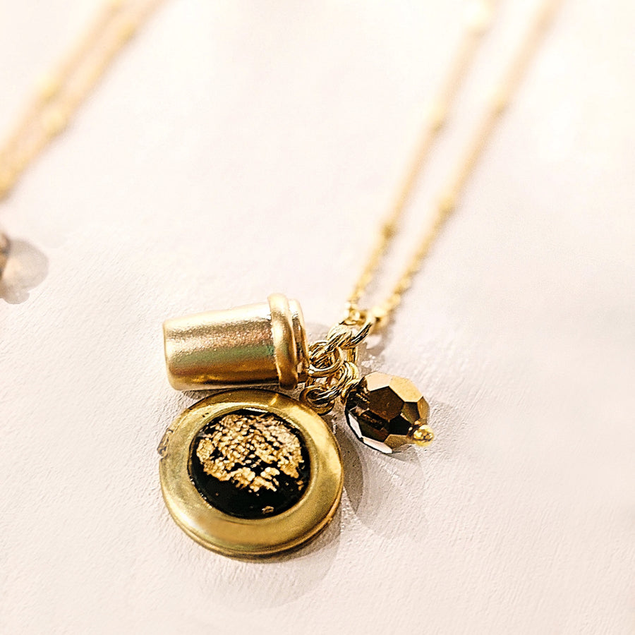 COFFEE MUG & BLACK GOLD FLAKES LOCKET NECKLACE - Non-Tarnish Coating - One Thing Lockets | Empowering People With Their Own Message