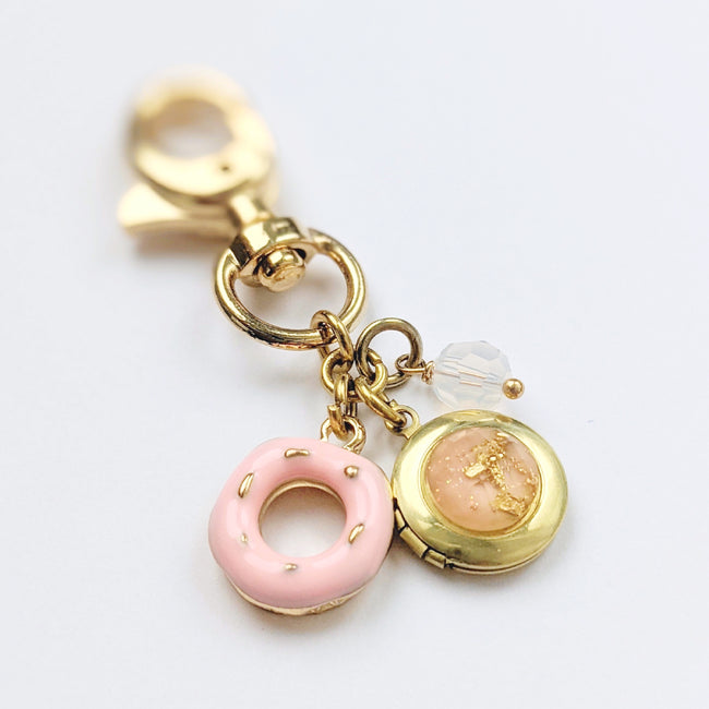 """DONUT WORRY"" LOCKET KEYCHAIN/PURSE CLIP - One Thing Lockets"
