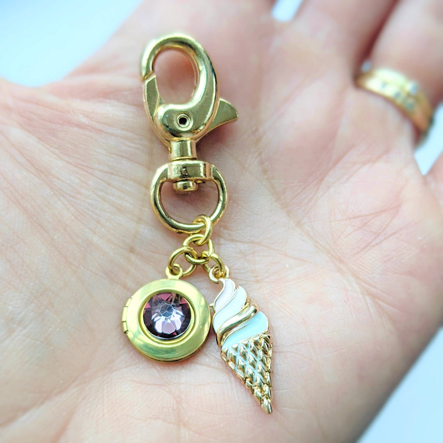 """HAPPY THOUGHTS"" LOCKET KEYCHAIN/PURSE CLIP - One Thing Lockets 