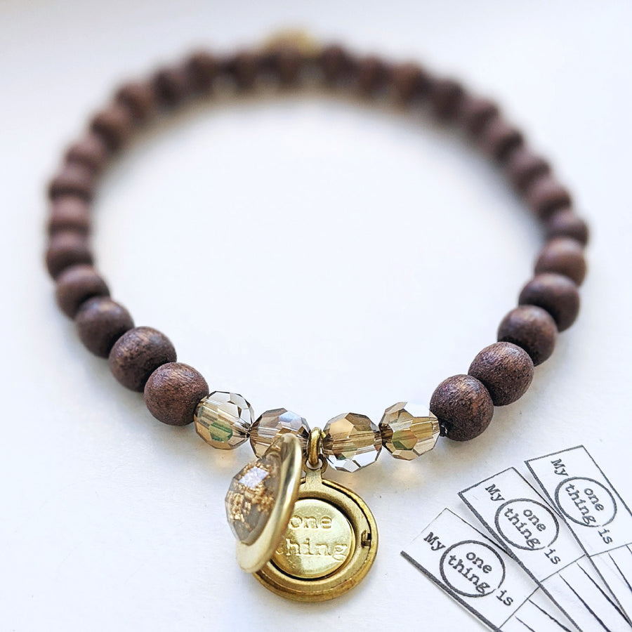 """HONEYBUSH"" WOOD BEAD LOCKET BRACELET - One Thing Lockets 