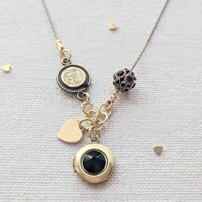 "PERSONALIZABLE ""LOLA"" LOCKET NECKLACE - EXCLUSIVE SWAROVSKI BEAD - One Thing Lockets 