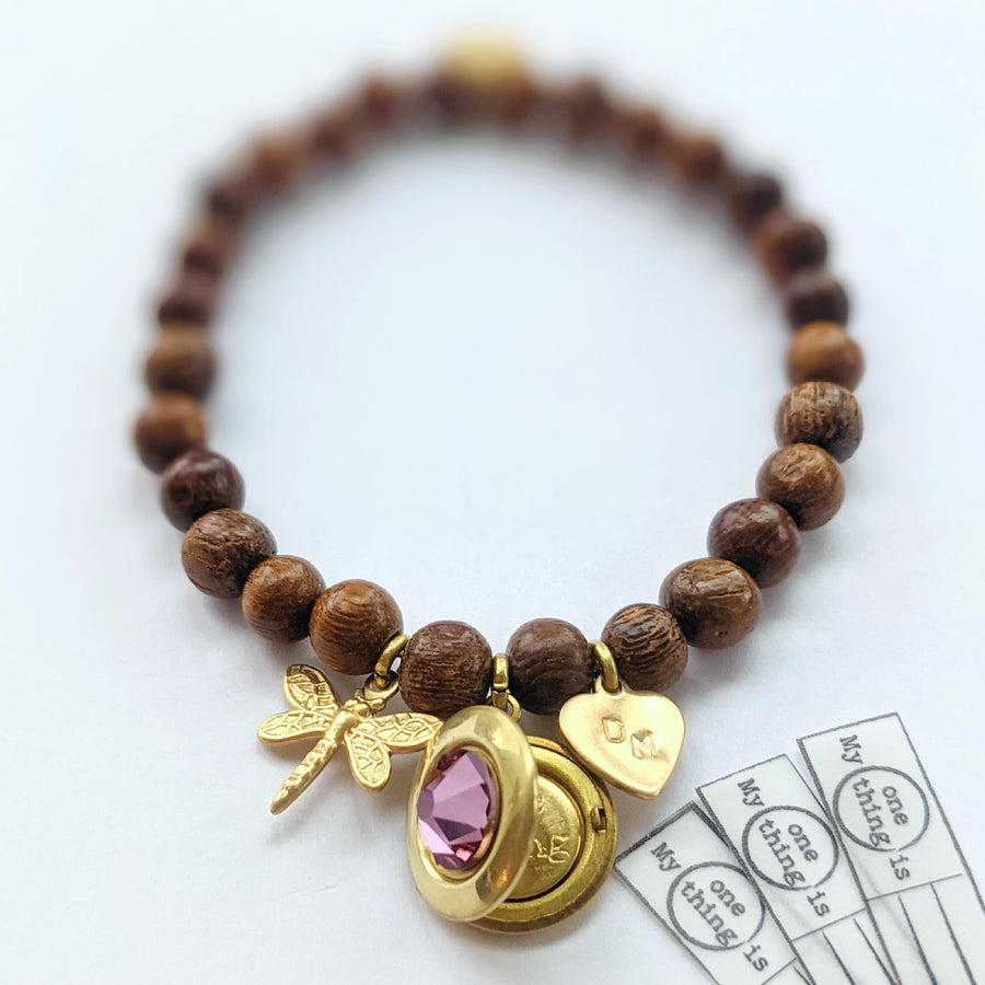 PERSONALIZABLE DRAGONFLY WOOD BEAD LOCKET BRACELET - One Thing Lockets
