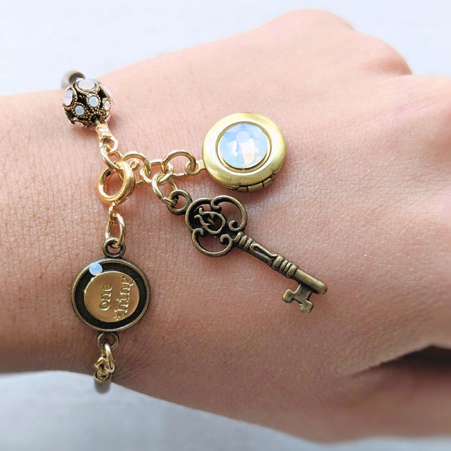"""ELIZABETH"" LOCKET & KEY CHARM BANGLE - One Thing Lockets 