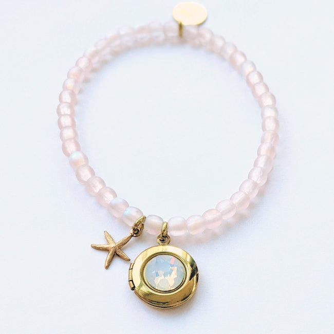 "KIDS - ""SALTY KISSES"" STRETCHY SEA STAR LOCKET BRACELET - One Thing Lockets 