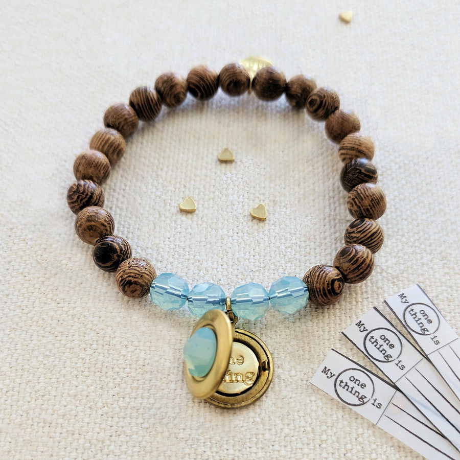 """TURKS & CAICOS"" WOOD BEAD LOCKET BRACELET - One Thing Lockets"