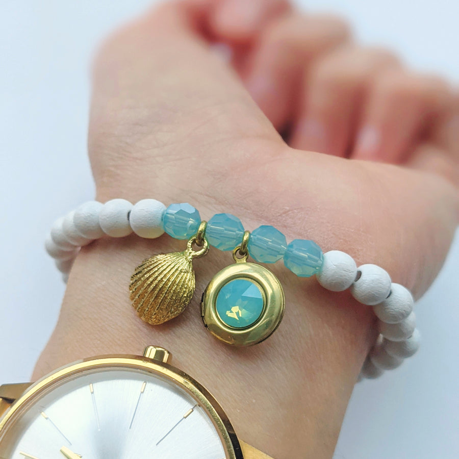 """LOST IN SEYCHELLES"" WHITE WOOD LOCKET BRACELET - One Thing Lockets 