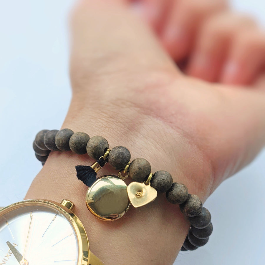 "PERSONALIZABLE ""TRANQUIL MOMENTS"" WOOD BEAD LOCKET BRACELET - One Thing Lockets 