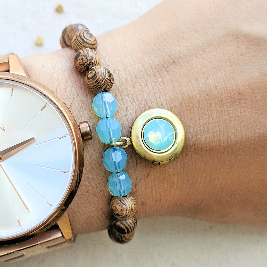 TURKS & CAICOS WOOD BEAD LOCKET BRACELET - One Thing Lockets | Empowering People With Their Own Message