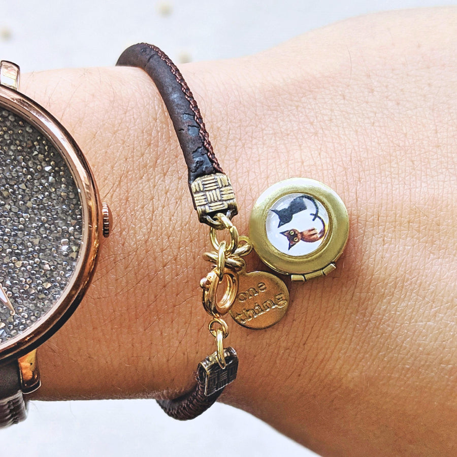 "KIDS! - ""TWO CATS"" LOCKET BRACELET ON CORK (VEGAN) - One Thing Lockets 