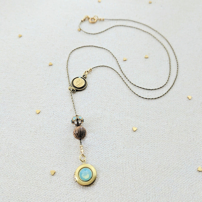 SEA GLASS LOCKET LARIAT NECKLACE - EXCLUSIVE SWAROVSKI FILIGREE BEAD - One Thing Lockets | Empowering People With Their Own Message