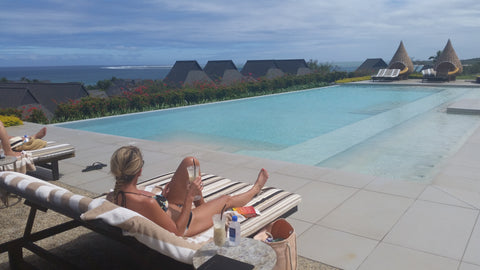 Fiji Club Intercontinental Lounge and Pool