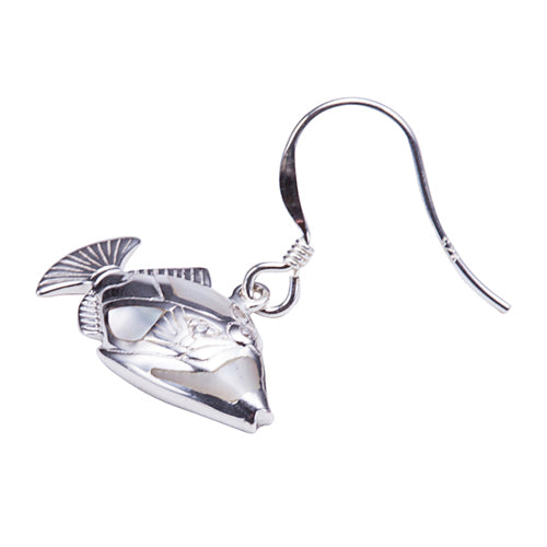 Humuhumunukunuku apua Fish Stud Earring with Mother-of-pearl Inlay