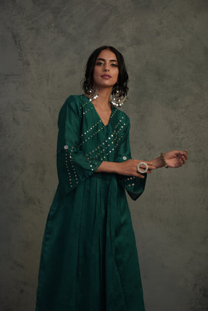 R2S Chanderi emerald green mirror embellished bell sleeves kurta with wide flared palazzo and contrast chanderi dupatta