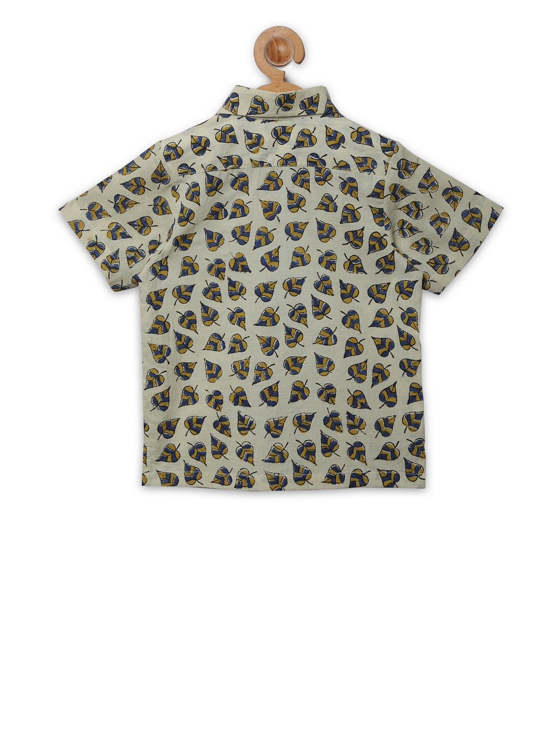 Beige leaf print collar shirt