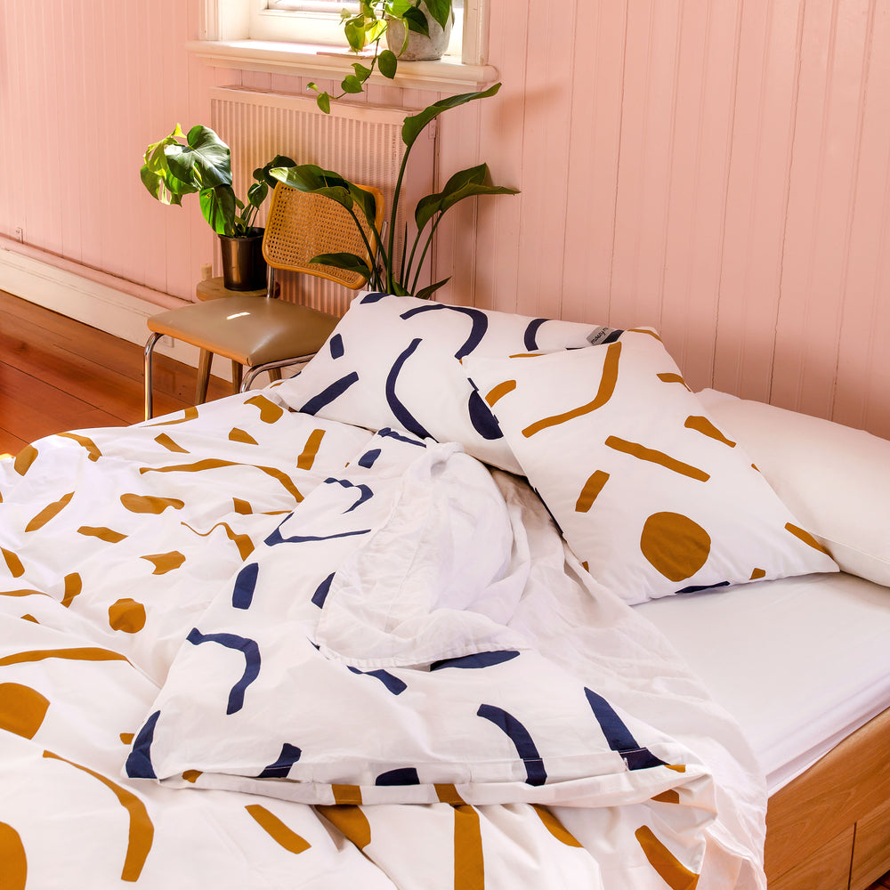 SHAPES Duvet Set – Navy and Tan