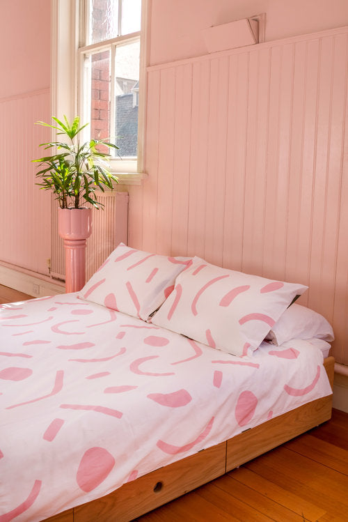 SHAPES Duvet Set – Pink and Olive