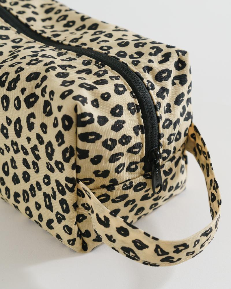 Dopp Kit – Honey Leopard