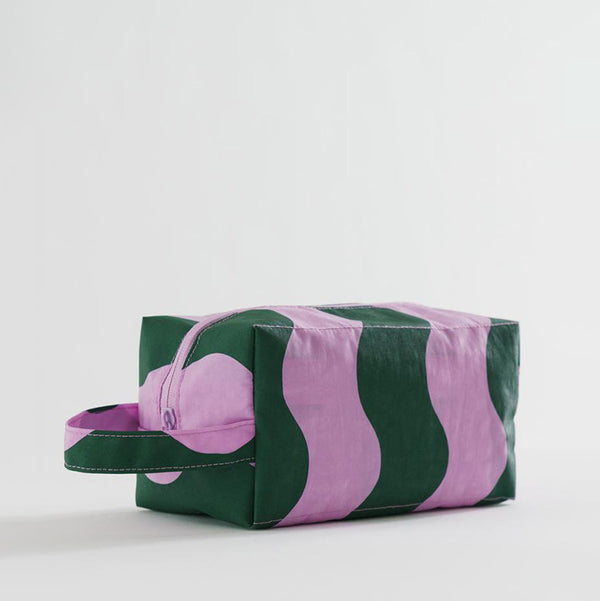 Dopp Kit – Pink and Green Wavy Stripe