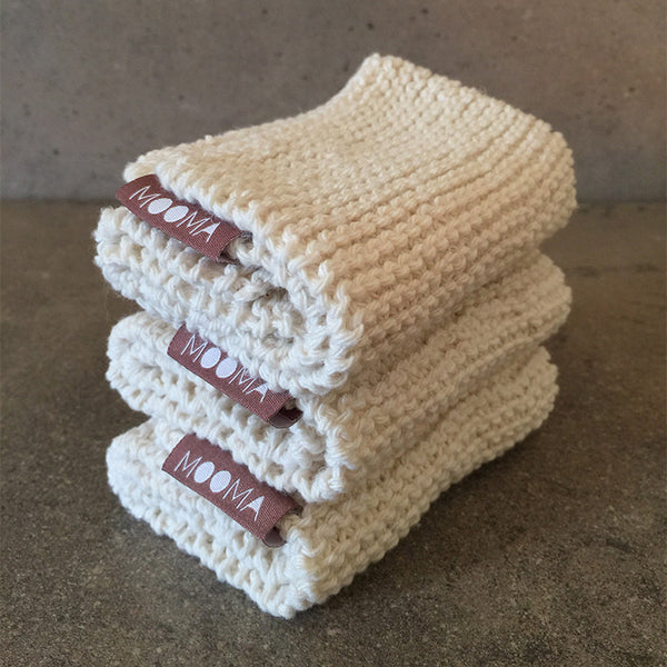 HAND KNITTED COTTON CLOTH