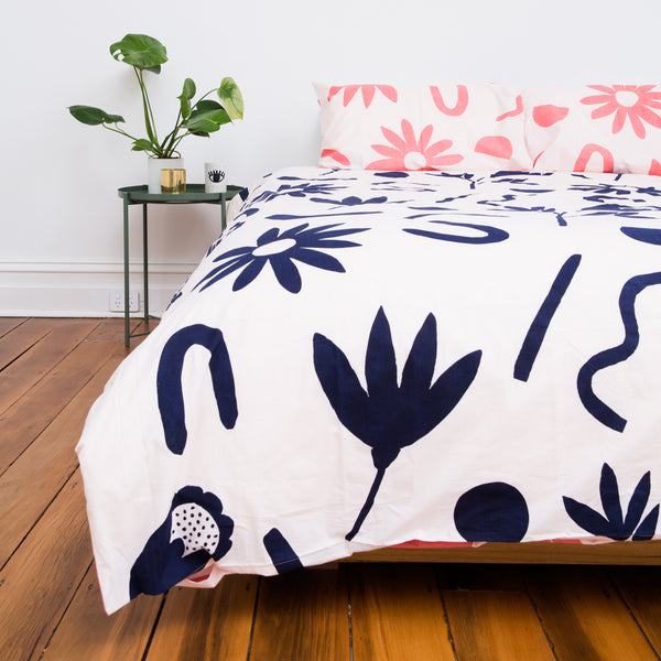 FLORAL DREAMS Duvet Set – Ink and Musk