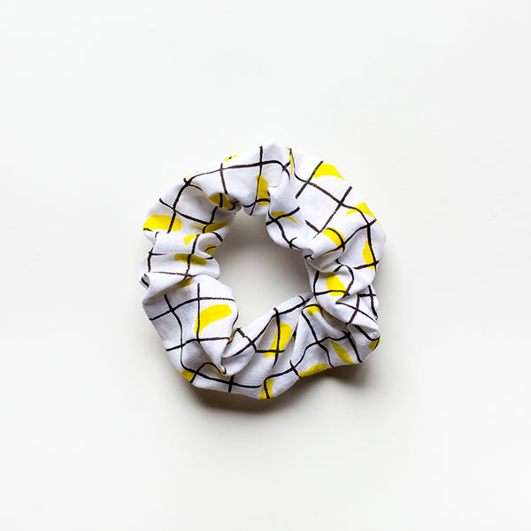 Mooma Scrunchie - small boi 02