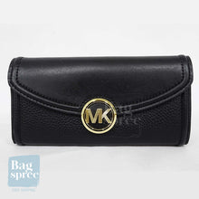 Load image into Gallery viewer, Michael Kors Fulton Large Flap Continental Wallet Black 35F9GFTE3L BLACK