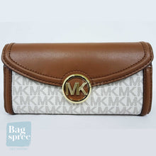 Load image into Gallery viewer, Michael Kors Fulton Large Flap Continental Wallet White 35F9GFTE3B VANILLA